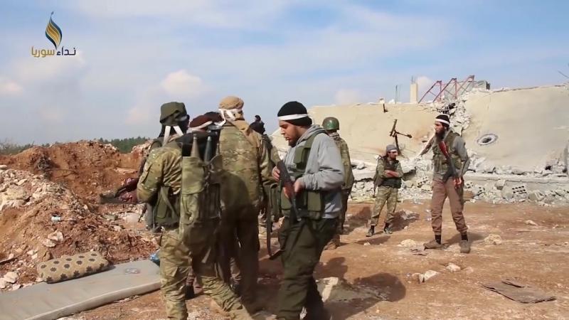 Свободная армия ведёт бой вблизи деревни Шаран на северо западе Алеппо