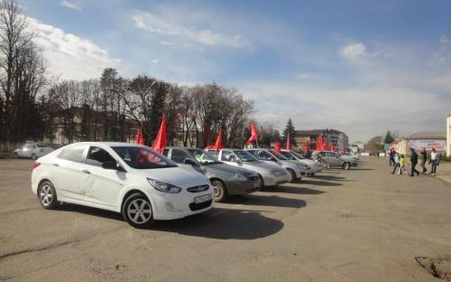 В Зеленчукском районе коммунисты организовали автопробег