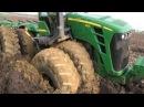 Тракторный OFF ROAD Трактор застрял в грязи