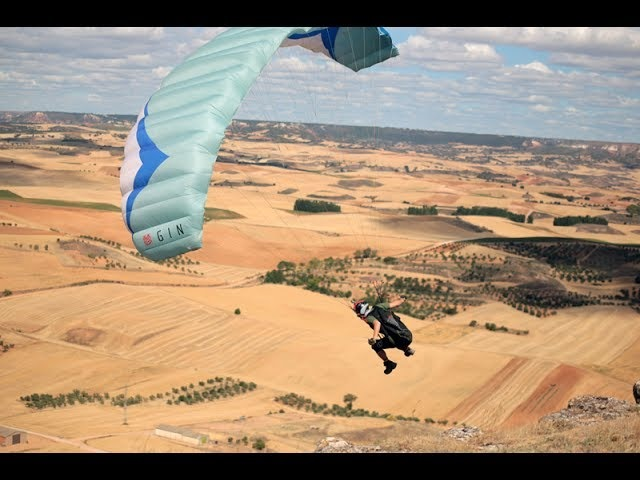 Fun ridge soaring and speed flying on the GIN Bobcat Glider Hike Fly