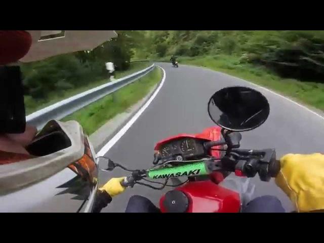 Stollen schreddern mit Yamaha DT 125 und Kawasaki KLR 600 :D