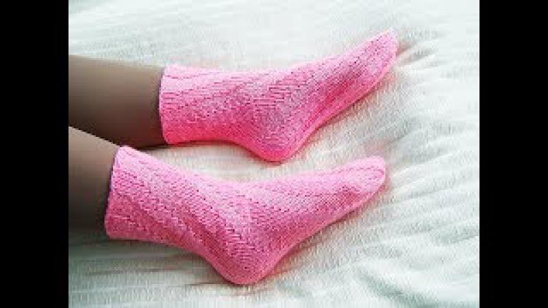Спиральные носки спицами Носки без пятки Вязание первых носков
