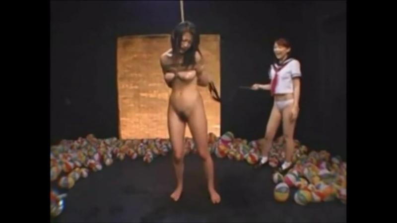 Japanese_schoolgirl_flogging_her_teacher