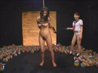 japanese_schoolgirl_flogging_her_teacher