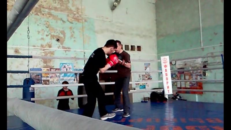 23.03.2016 года. Спарринг Шахбоза и Андрея Костина.