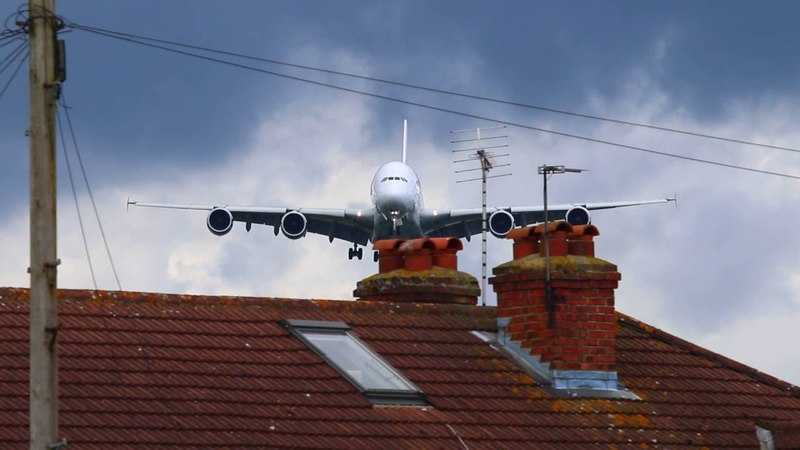 Malaysia Airlines Airbus A380 9M MNE over the famous Myrtle Avenue LHR 15 06 16