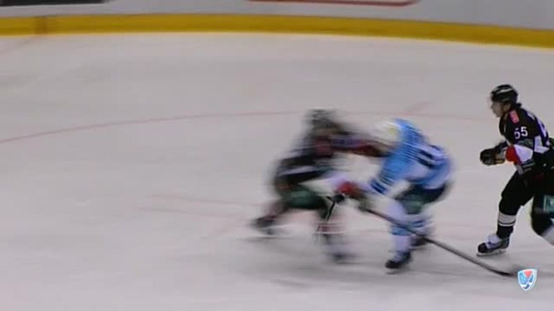 Моменты из матчей КХЛ сезона 14 15 Гол 2 7 Шалунов Максим Сибирь забросил шайбу и утвердил преимущество своей команды 0