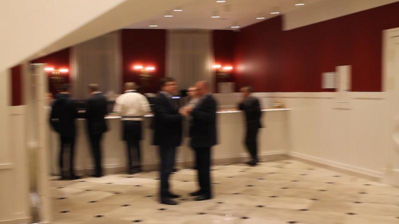 Саксофонист на встречу гостей - выступление на корпоративе