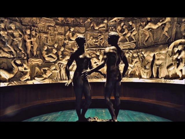 К 8 марта Яблоко Адама и Евы. Мужчина Женщина = любовь. В музее Церетели.