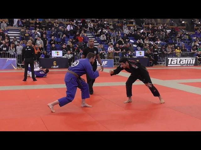 Richard Kerrigan vs Jonas Pereira Rodrigues - IBJJF London Winter Open 2018 - Brown Master 2