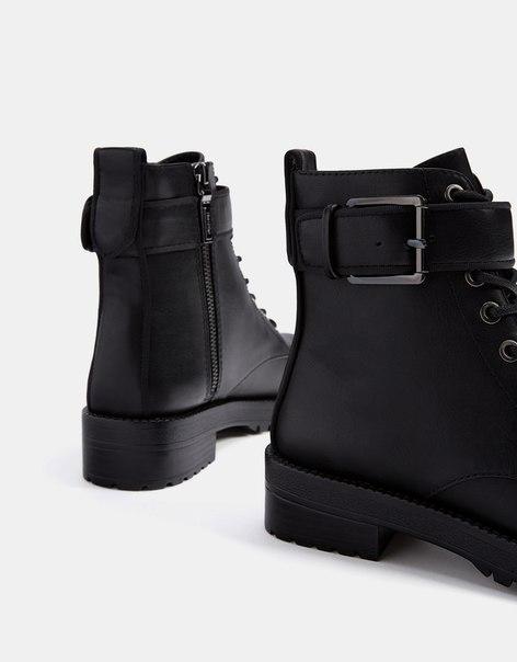 Байкерские ботинки с пряжками