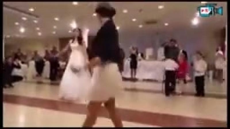 красіво танцують