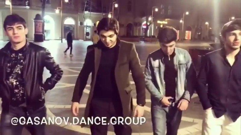 Ramil Qasanov ve Telebelerinden Mohtesem Lezginka Reqsi Tarqovuda Gasanov Dance School