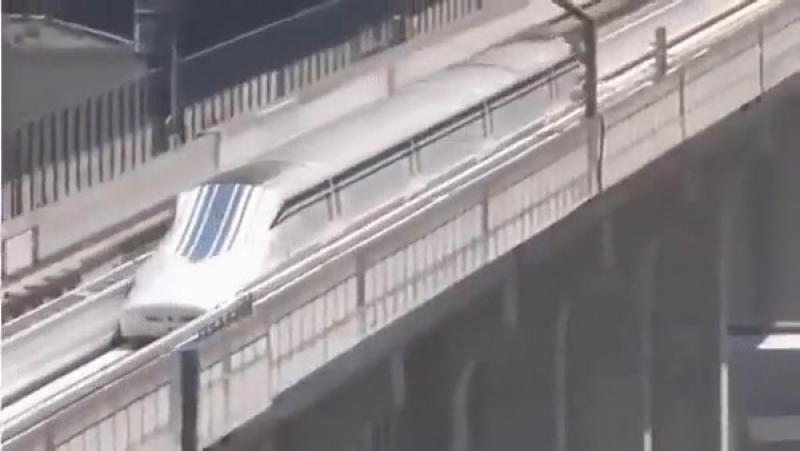 Японская электричка, 500 км/час 💨