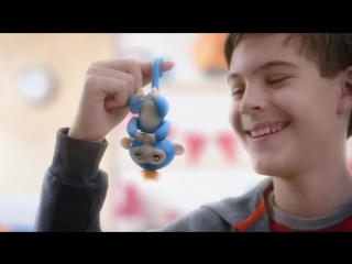 Обезьянка на палец интерактивная игрушка fingerlings baby monkey