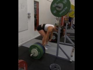 Вилма Олссон, тяга 180 кг на 2 раза