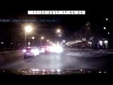 Северодвинск. Не самый лучший способ вырулить на дорогу.