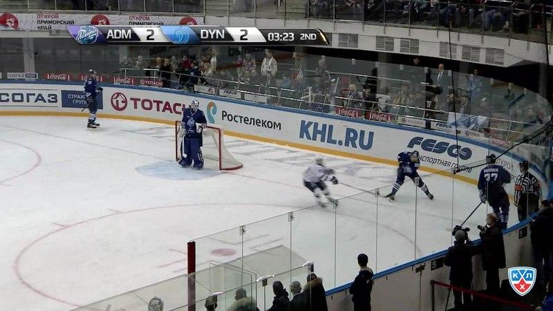 Моменты из матчей КХЛ сезона 14 15 Гол 2 3 Карпов Максим Динамо Мск забрасывает шайбу в ворота соперника 31 01