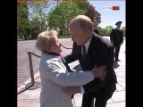 Александра Пахмутова поздравила Владимира Путина с официальным вступлением  Президента Российской Федерации.