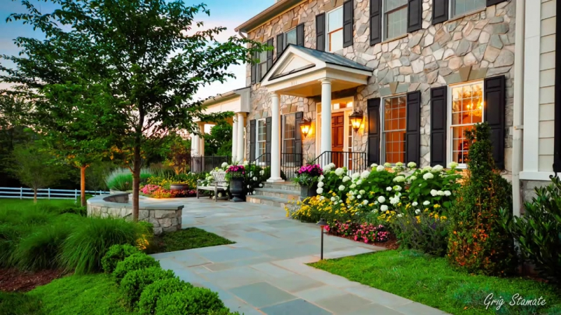 Front Yard Flowers Improve Your Homes Curb Appeal