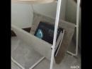 Творческий диван угол журнальный столик маленький круглый стол простой угол стороны несколько спальня прикроватная тумбочка стол
