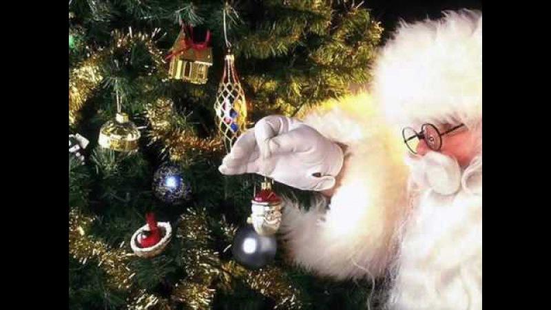 Christmas Carols - I Saw Mommy Kissing Santa Claus