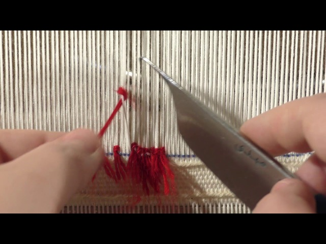 Carpet on a Rigid Heddle loom making knots