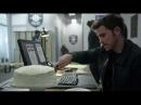 Рони приходит в полицеский участок 7x08