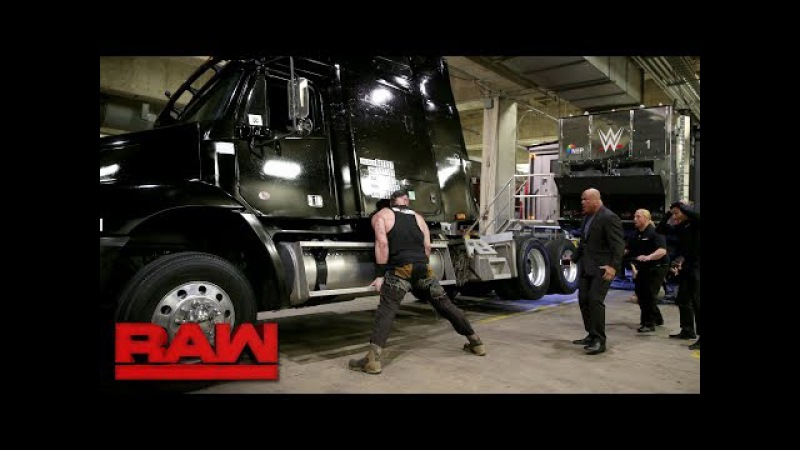 Braun Strowman demolishes a TV production truck: Raw, Jan. 15, 2018
