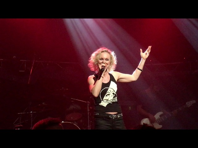 Liv Kristine - Changes / 2017- 12 -01 / Under The Doom V / Lisboa ao Vivo