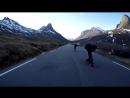Скоростной спуск на лонгборде по Лестница троллей Норвегия
