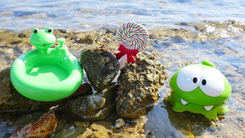 Om Nom en español Juegos en la playa Vídeos chistosos