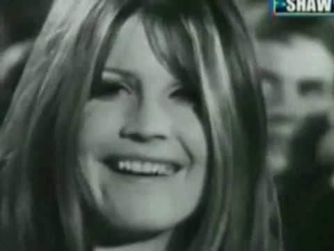 Sandie Shaw - Puppet On A String (1967)