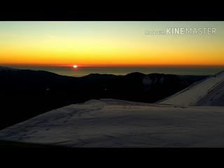 Закат с высоты 2200м в чёрное море