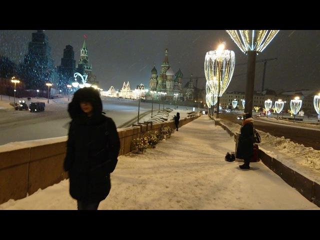 Прогулка по Большому Москворецкому мосту в 23:30
