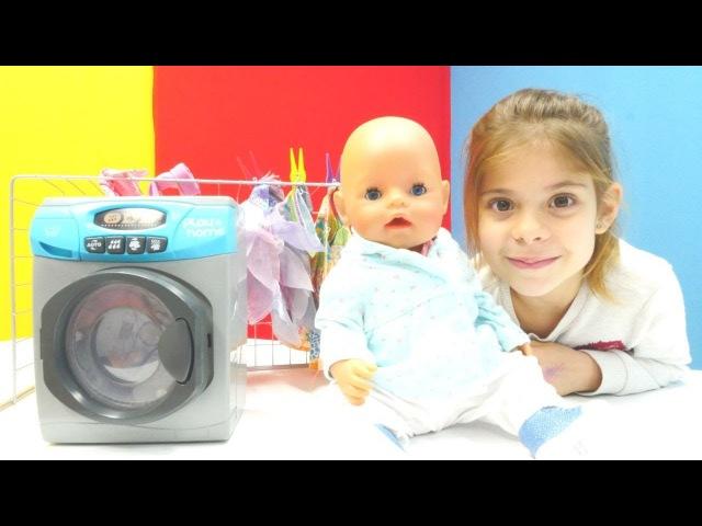 Elis yeni bebek kıyafeti sipariş ediyor Evcilik oyunu