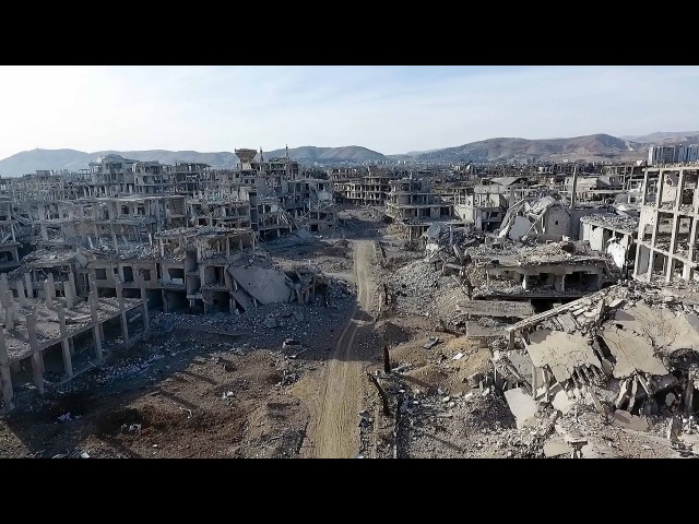 Aid convoy enters battered Eastern Ghouta