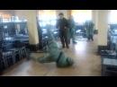 Армейские приколы,брейк данс на РХБЗ