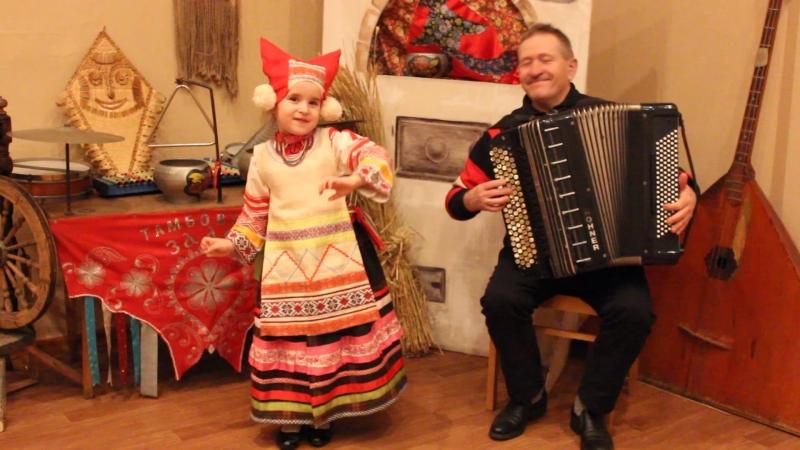 Тимохина Соня(г.Тамбов, 5лет) Страдания из репертуара М.Мордасовой