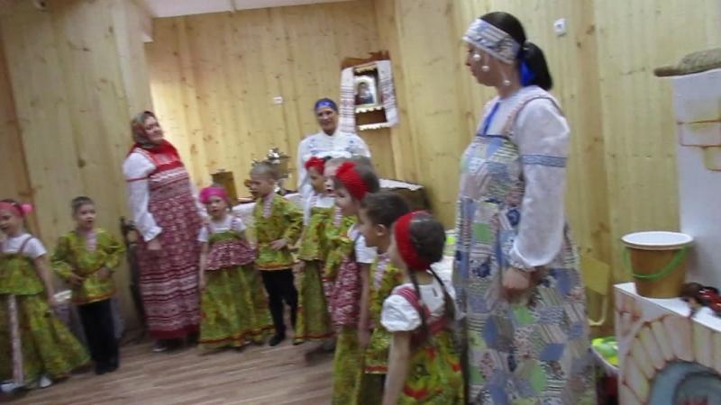 MVI_1074Русские посиделки в 344 детском саду, 16.05.18