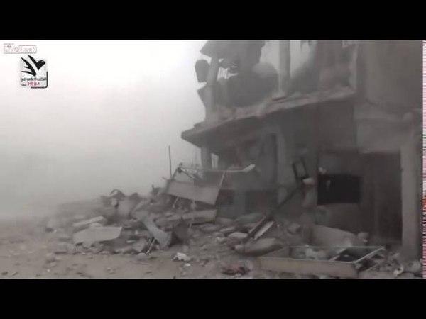 Ваххабит ИГИЛ снял как американский бомбардировщик сбросил бомбу