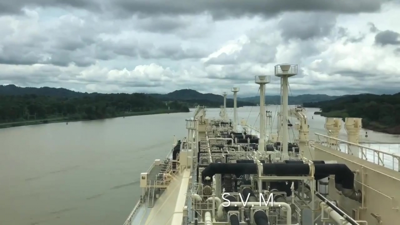 LNG_C Magellan Spirit transiting Panama Canal