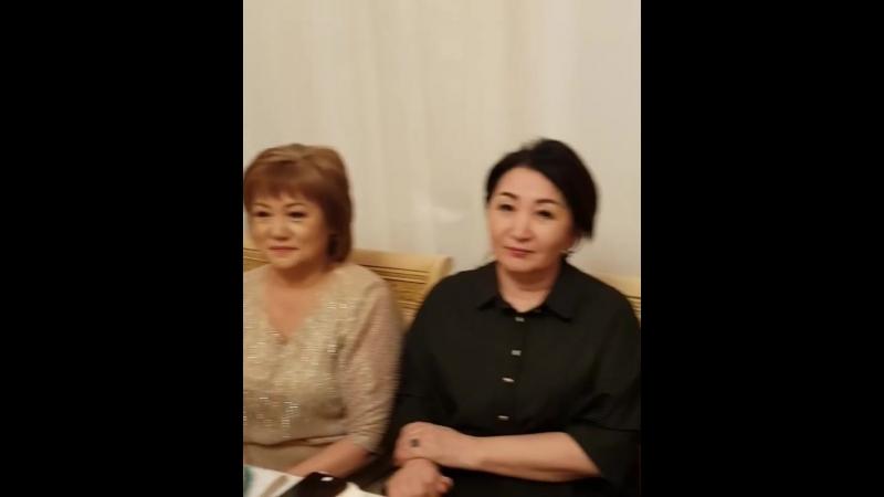 Алтынай Жорабаева хан сарайындай үйін көрсетіп елді қызықтырып қойды видео