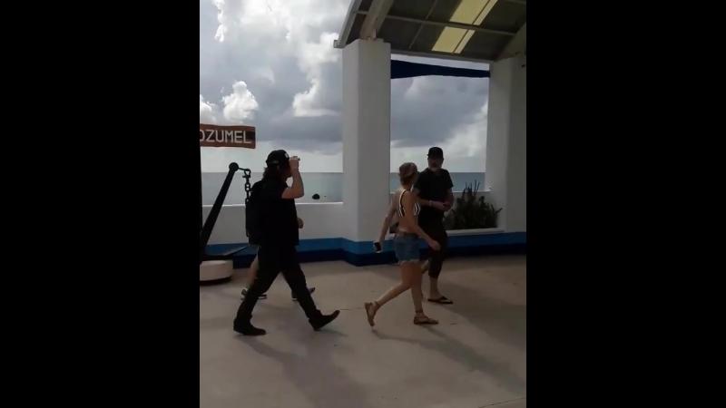 Norman Reedus and Diane Kruger at walker stalker cruise 2018