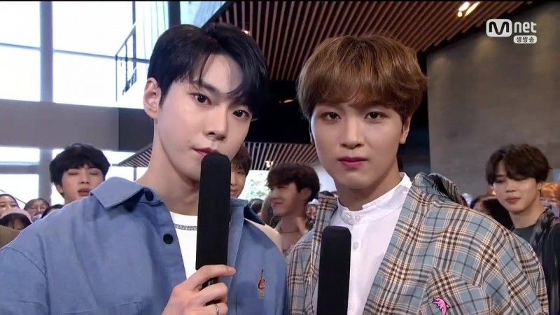 180531 MCs Doyoung Haechan NCT @ M!Countdown