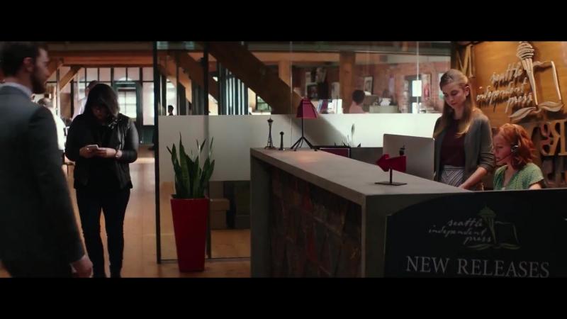 Вырезанная сцена из фильма Пятьдесят оттенков свободы Кристиан появляется у Аны на работе