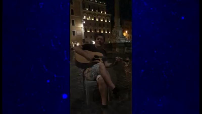 Неслихан Атагюль Кадир Догулу в Италии 2017г