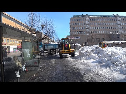 Финская провинция весной. Дороги снег и улицы.