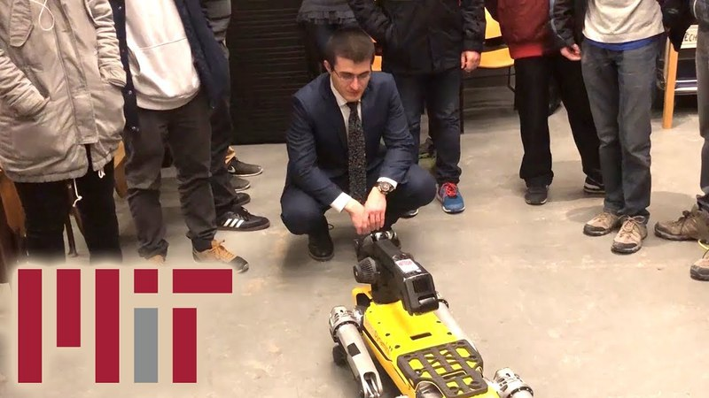 Robot attends class at MIT can't find a seat