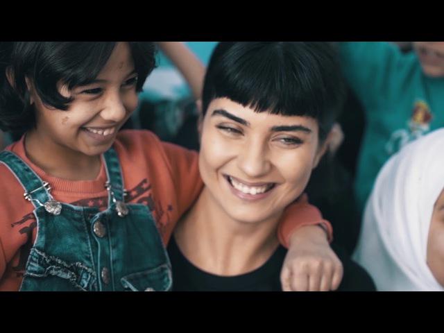 UNICEF İyi Niyet Elçisi Tuba Büyüküstün Gaziantep'te Suriyeli Çocuklarla Buluşuyor